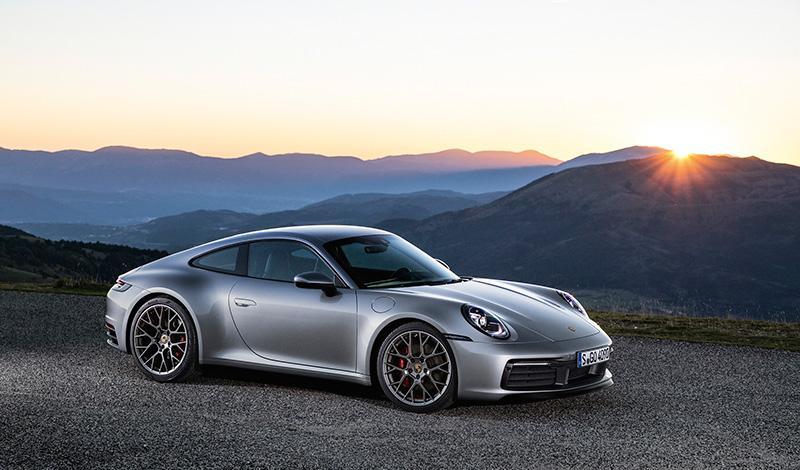 Новый Porsche 911 представлен официально