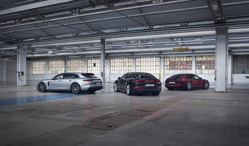 Porsche Panamera в России получили три новых модификации