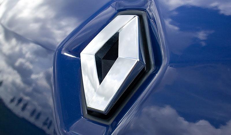 Renault Россия совместно с Яндекс.Такси представляют новую выгодную программу для таксопарков