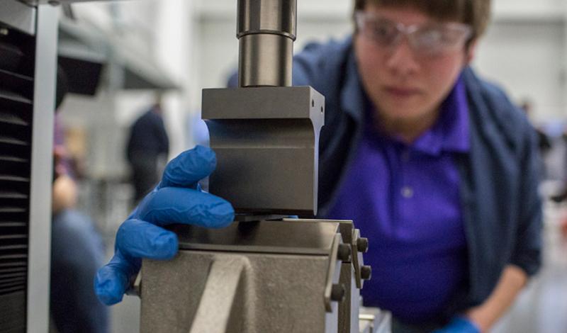 Ford объявляет о начале применения двухмерного наноматериала - графена
