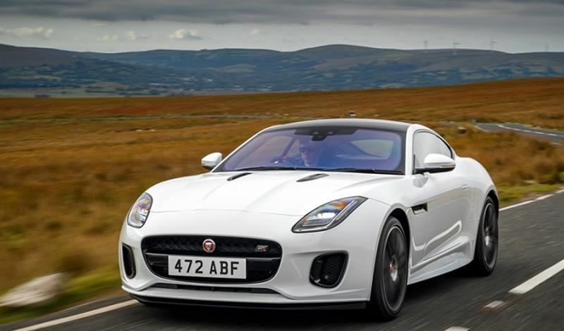 Jaguar представляет новую ограниченную версию F-TYPE Chequered Flag