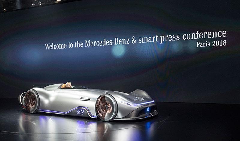 Mercedes-Benz на Парижском автосалоне представил пять новых автомобилей