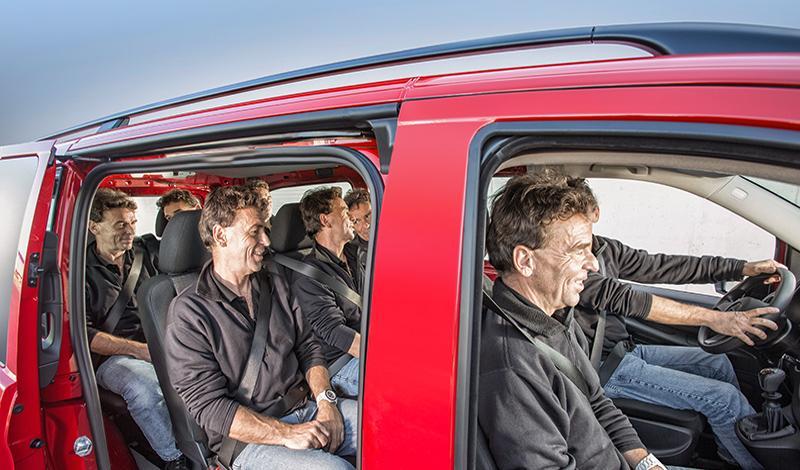 Mercedes-Benz делает специальное предложение на малотоннажные автомобили участвующие в мероприятии