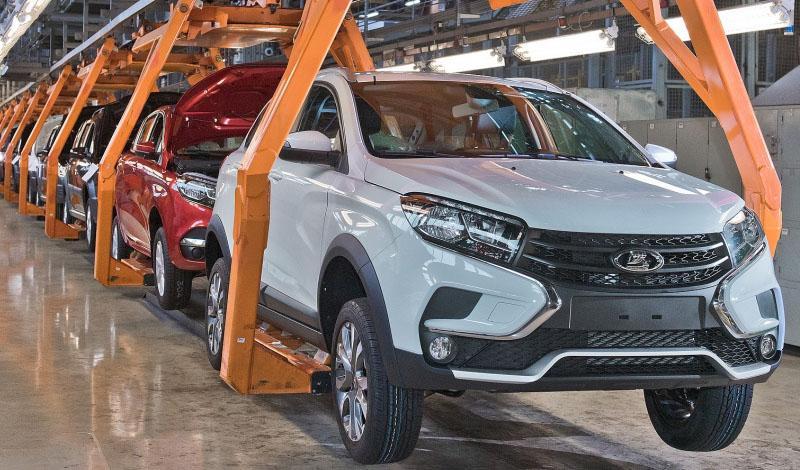 АВТОВАЗ начал серийное производство LADA XRAY Cross в Тольятти