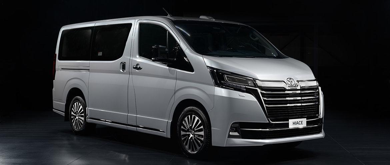 Тойота начала прием заказов на 9-местную VIP-версию минивэна Hiace