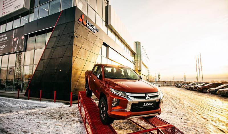 Mitsubishi:После реконструкции открылся дилерский центр СИБКАР в Сургуте