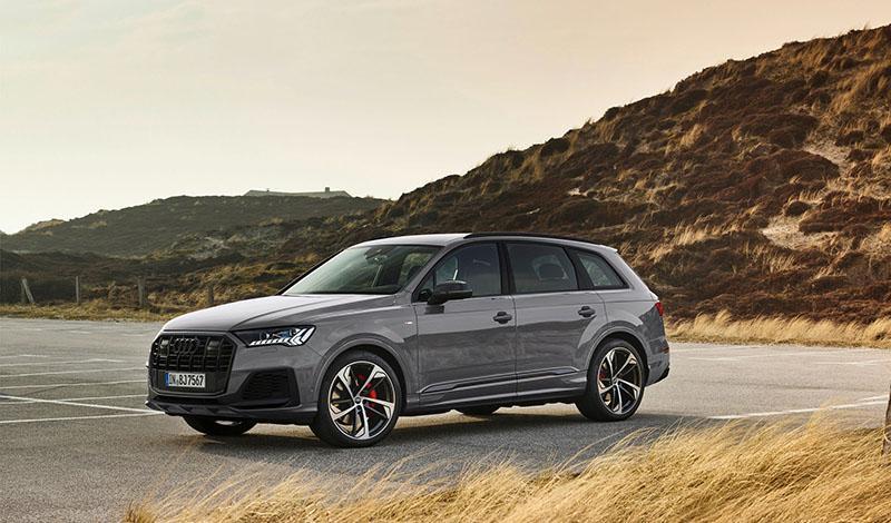 Audi Россия объявляет о запуске премиального сервиса аренды Audi Rent. Срок аренды от одного до тридцати дней