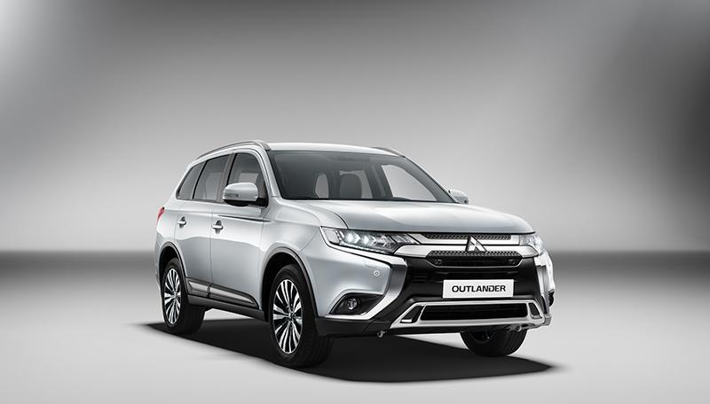 Mitsubishi:В России официально объявили цены на обновленный Mitsubishi Outlander