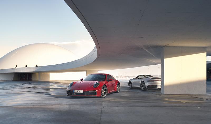 Porsche:Porsche добавил полноприводную модификацию 911 Carrera 4