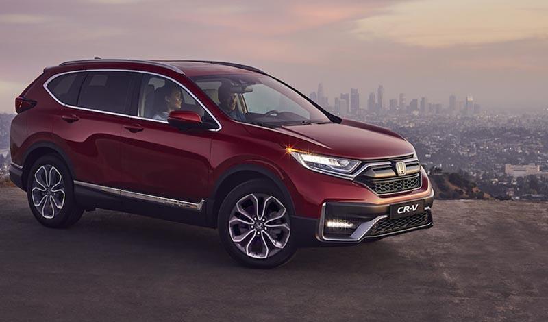 Хонда анонсировала цены на рестайлинг CR-V 2020. Начальная стоимость автомобиля в базовой комплектации Elegance составит 2 299 900 рублей