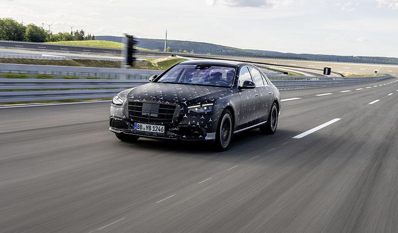 Подробно о инновациях Mercedes-Benz S-Класс 2021