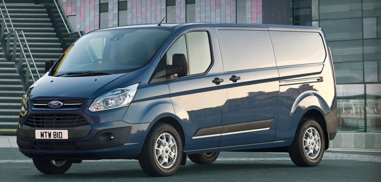 Фургоны Ford Transit Custom и Ford Transit - надежность на дорогах и идеальная практичность