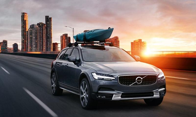 Volvo V90Cross Country - ощутите настоящую шведскую роскошь